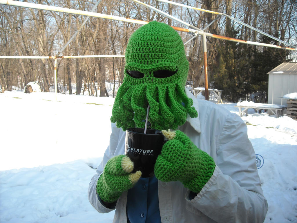 Cthulhu hat and gloves by craftypa on deviantart cthulhu hat and gloves by craftypa bankloansurffo Choice Image