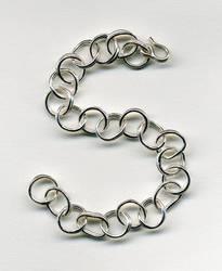 Skewed Loops Bracelet