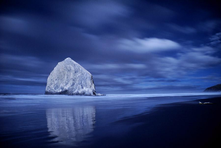 Canon Beach -IR- by 32tsunami