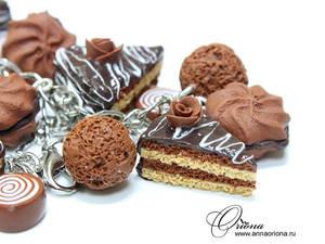 Chocolate bracelet by OrionaJewelry