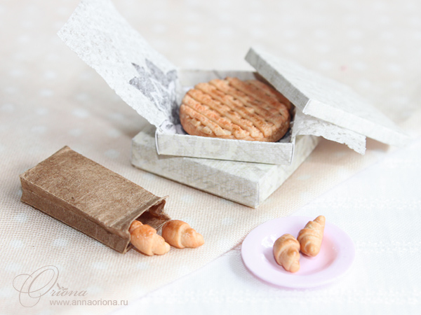 Cake and croissants by OrionaJewelry