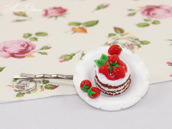 Berry dessert by OrionaJewelry