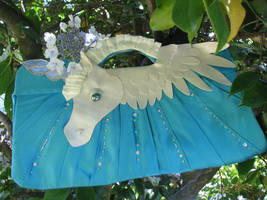 Unicorn Clutch by UnaleskaZohar