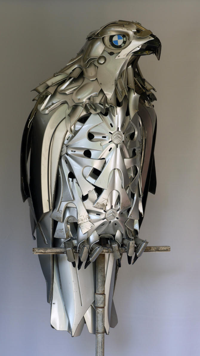 Hubcap Hawk by HubcapCreatures