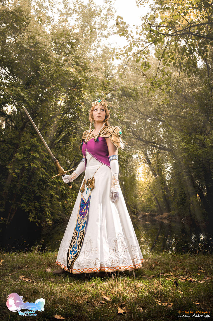 Zelda_Our light in the darkness by CalipsoCosplay