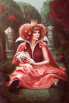 Queen outside the throne (Queen of Hearts)