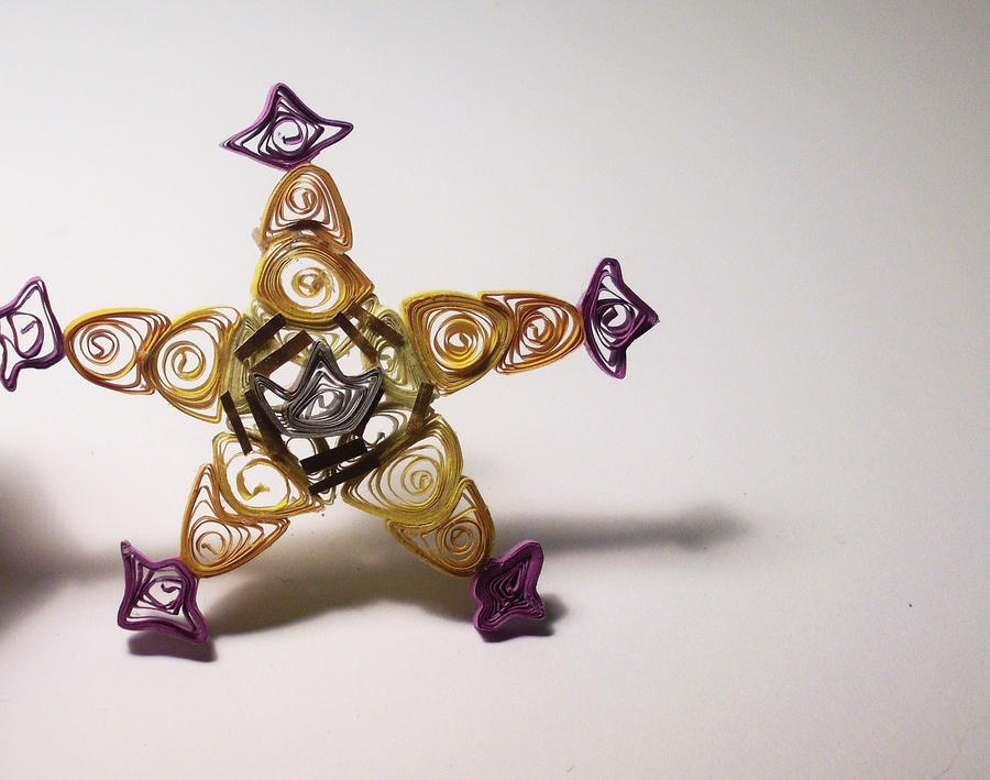 Lucky Charm Quilling by Wahm-bulence