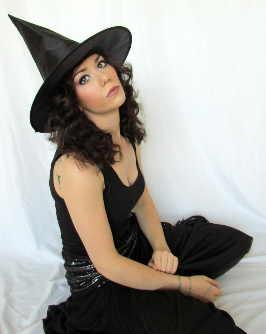 Bored Witch by aphroditesdead