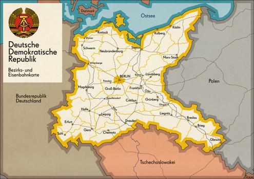 DDR (alternate) Bezirks- und Eisenbahnkarte