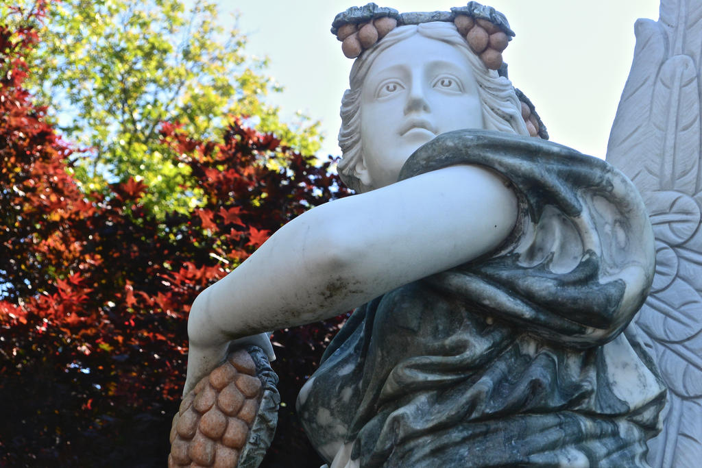 Statue by OwlCityHootOwl