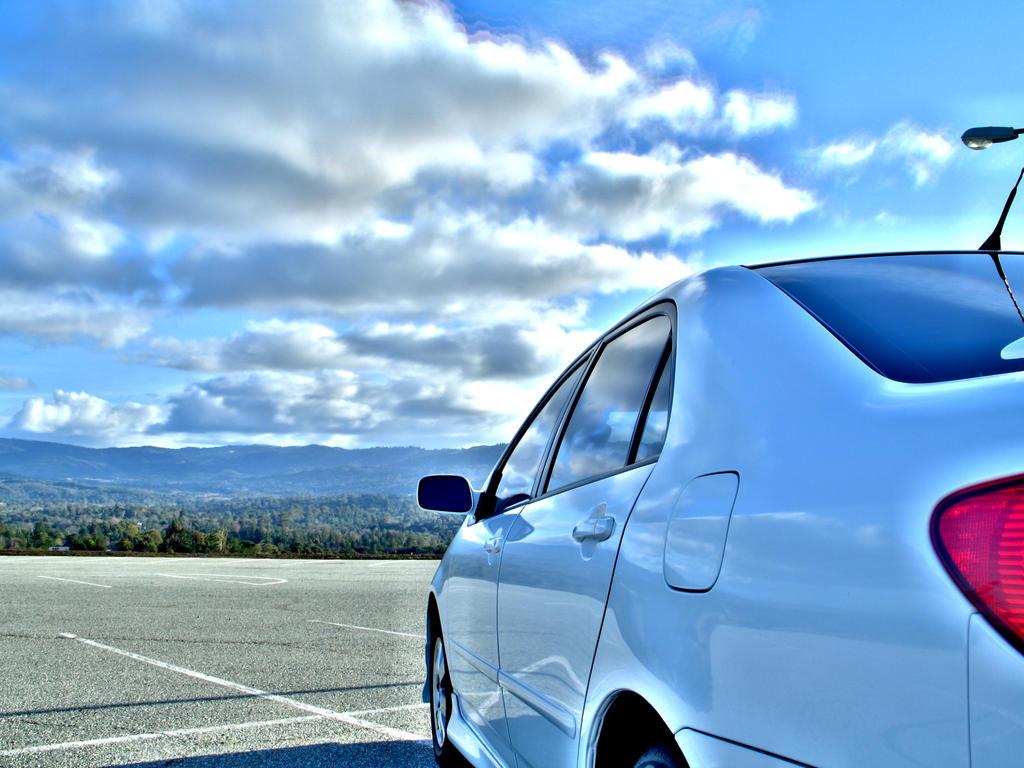 HDR Corolla shot
