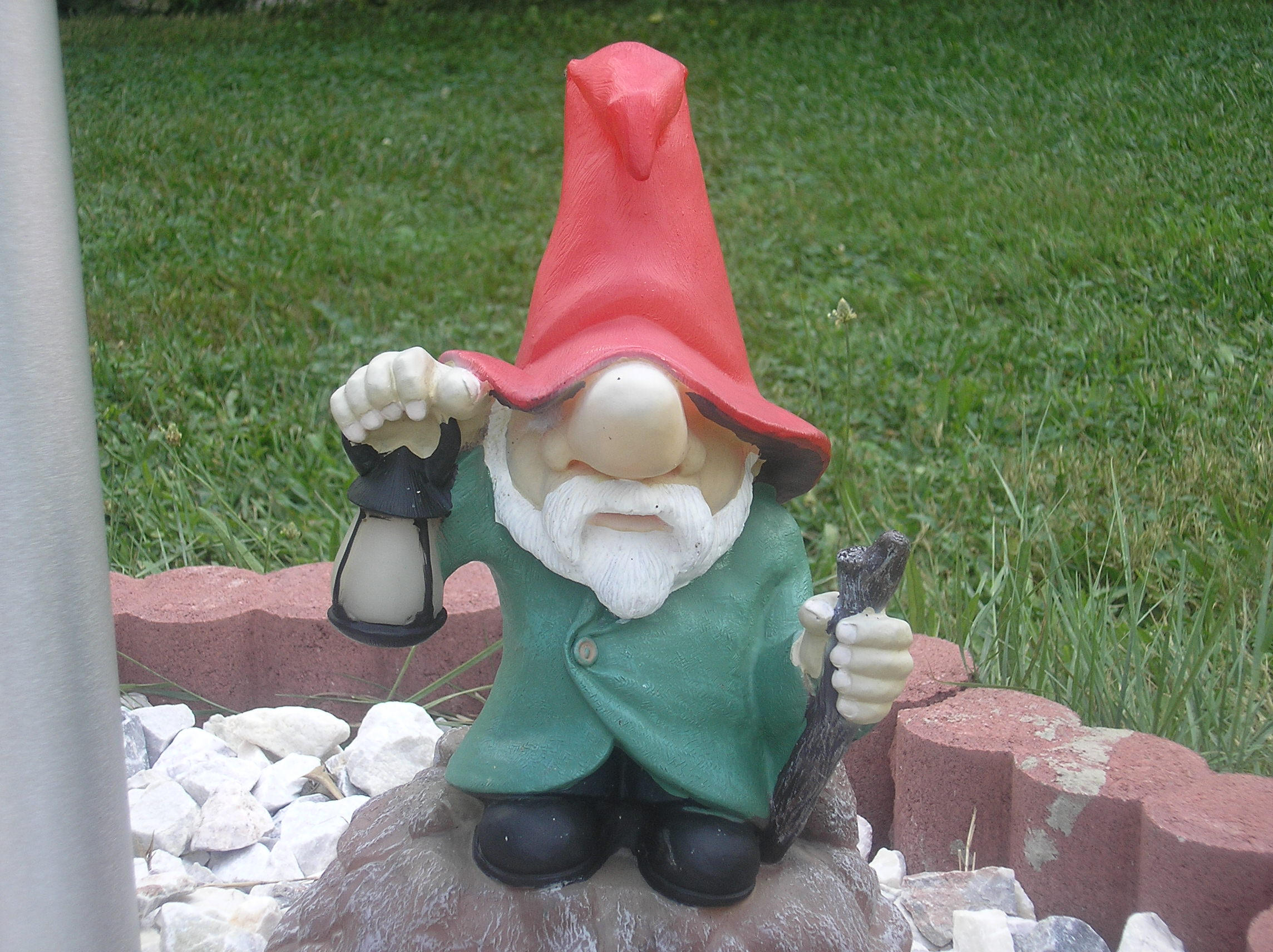 lawn gnomes on pinterest garden gnomes gnomes and funny garden