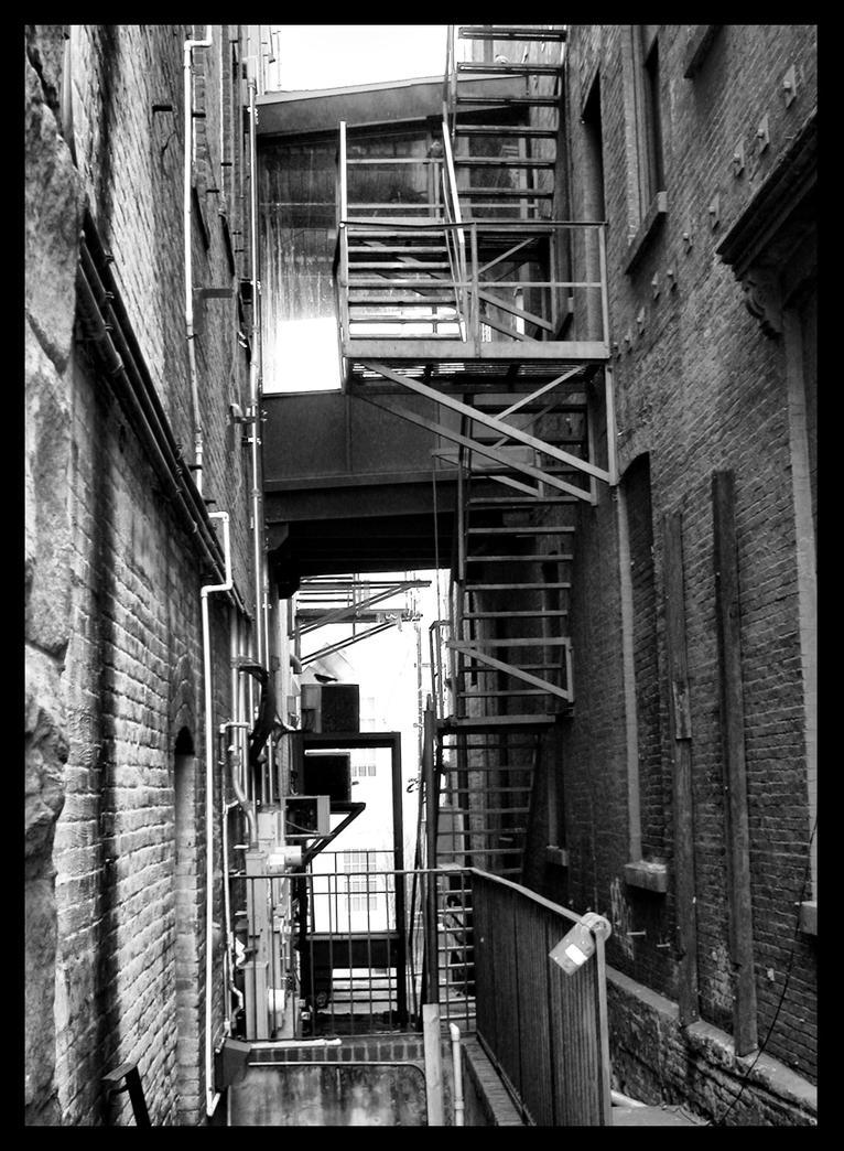 Inner City Alleyway by Thonkus