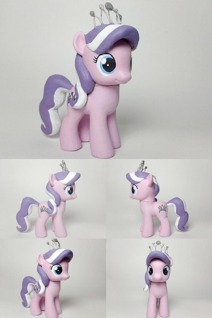 Diamond Tiara G4 Custom Pony by Oak23