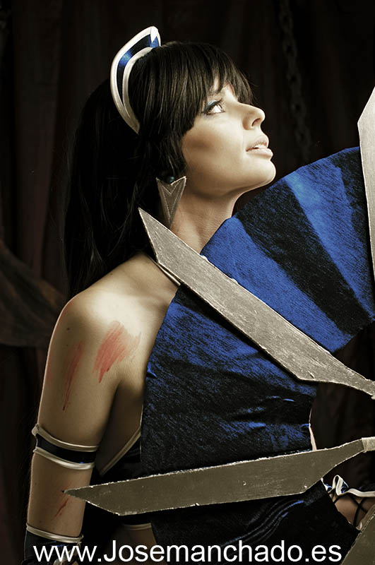 Kitana without veil by ThelemaTherion