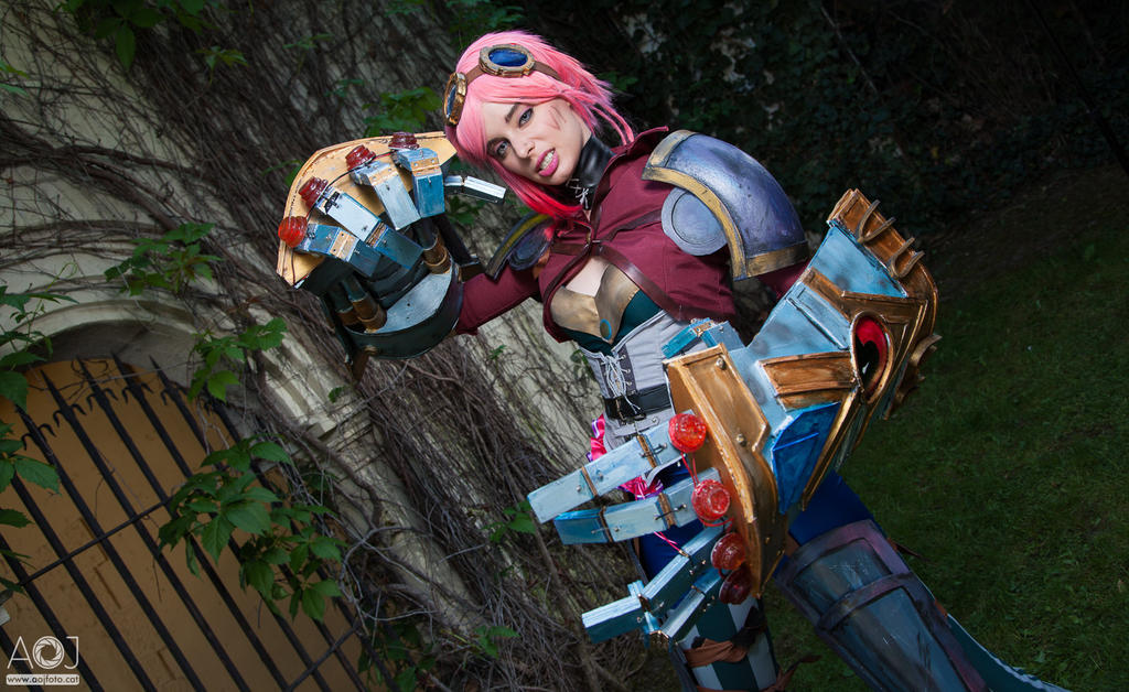 Vi LoL by ThelemaTherion