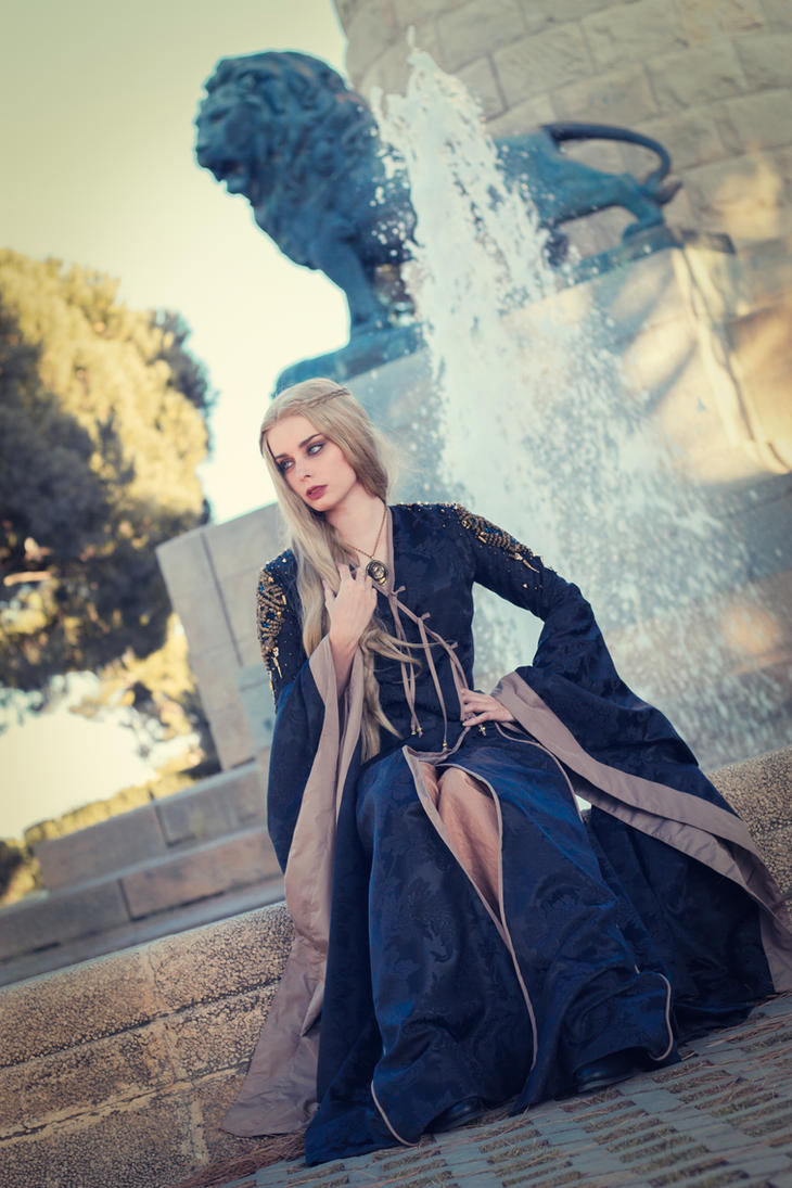 Cersei Lannister - Mourning Gown by ThelemaTherion