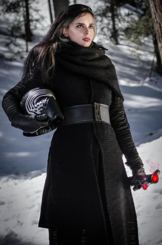 kylo ren cosplay Female