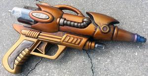 Custom Steampunk style Tesla blaster pistol prop by firebladecomics