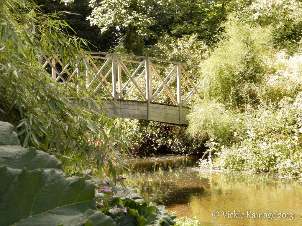 Bridge harewood house uk by vickiedesigns on deviantart for Harewood house garden design