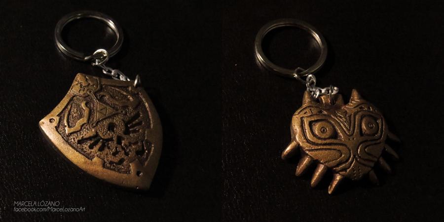 Legend of Zelda Golden Keychains by LupusCruoris