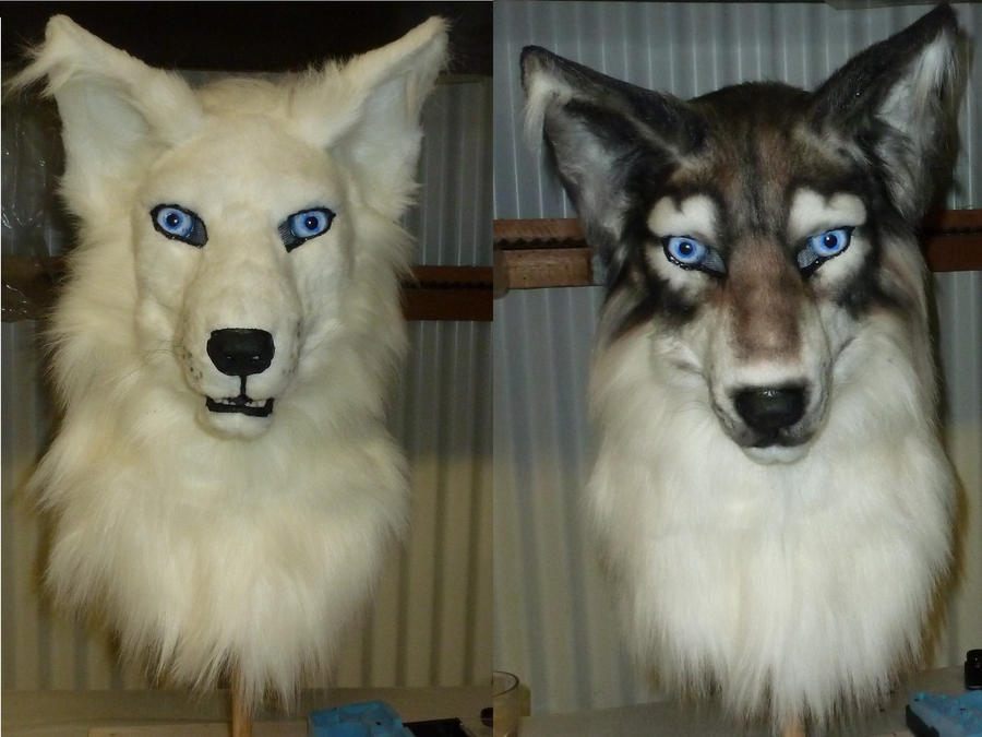 Airbrushing a wolf fursuit head by zyxwen