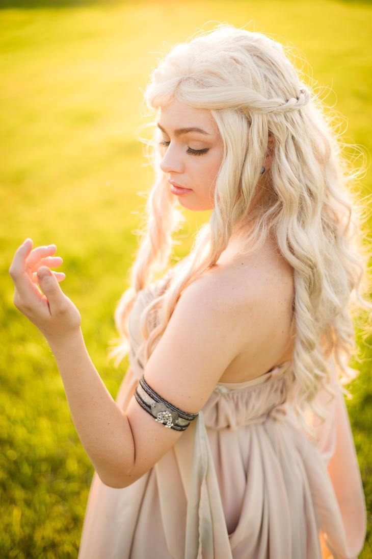 Daenerys by SFLiminality