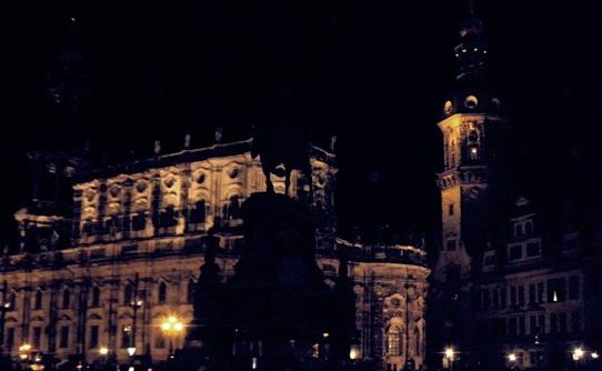 Dresden by Night by sugarbun