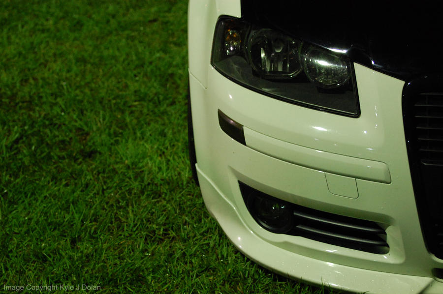 White Modded Audi by Focus-Fire