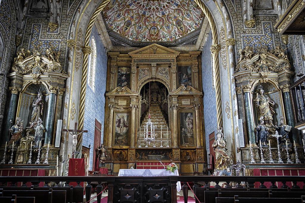 Capela de Sao Miguel by rhipster