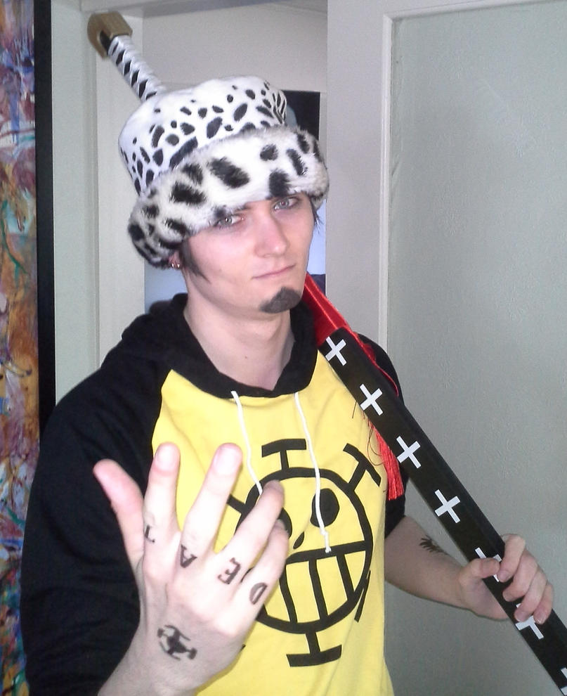 Trafalgar Law Cosplay by Aomirai on DeviantArt