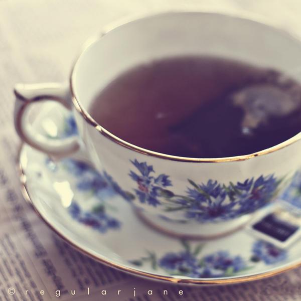 najromanticnija soljica za kafu...caj - Page 3 Tea_for_one_by_regularjane-d3cqr1k