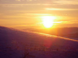 winter sunset by KizUna-Cat