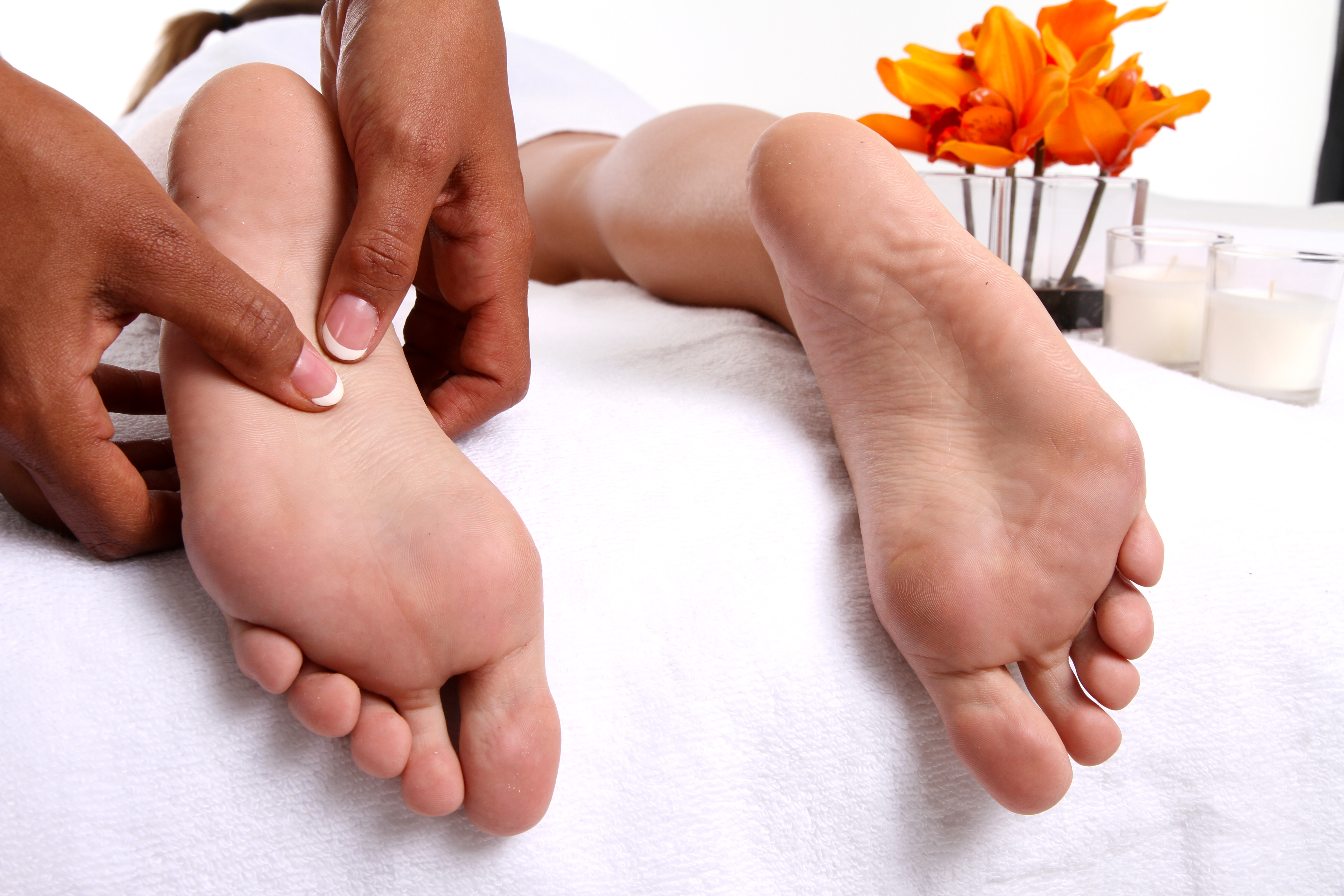 Almawi Ltd, The Holistic Clinic | Our Blog | Foot Health ... |Foot Massage