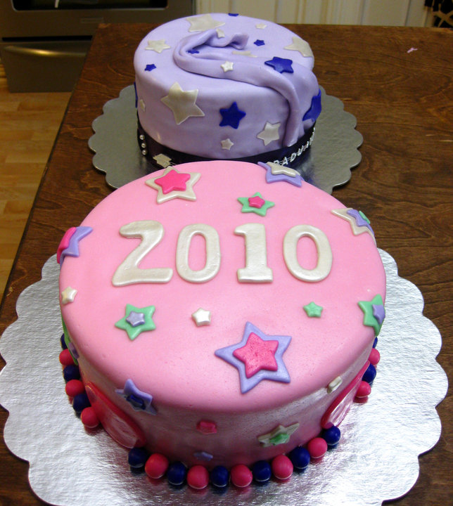Graduation cakes. by vanessaavr24