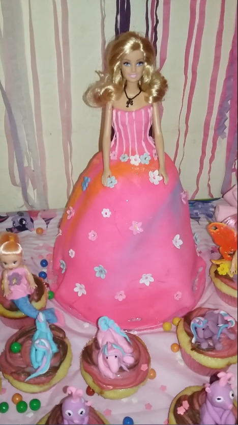 barbie cake by Kitty-kat911