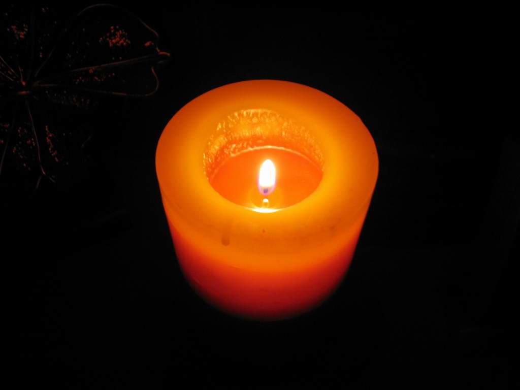 candle by petalouda1980