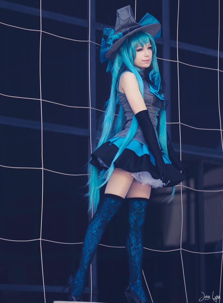 Witch Miku by SNTP