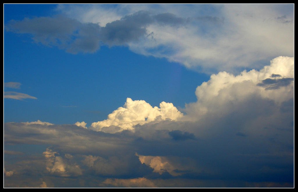 Clouds II by alarie-tano