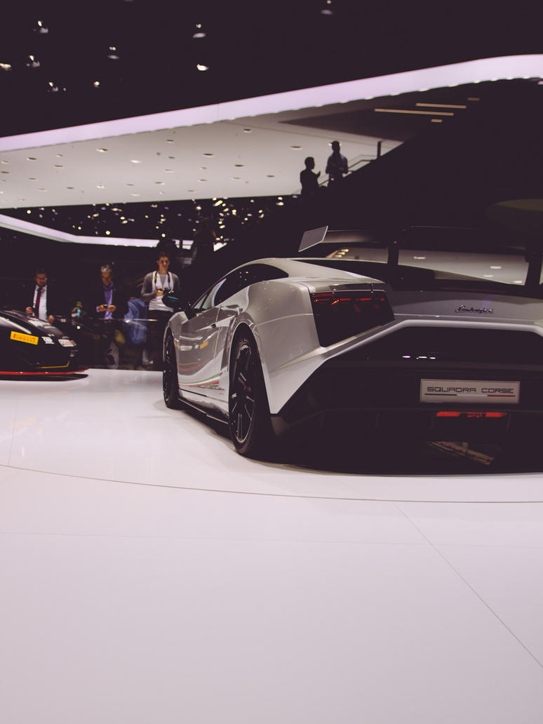 Lamborghini Back - IAA 2013 by synthes