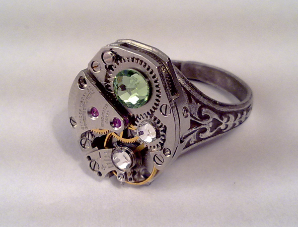 Steampunk Ring Green Crystal by SteamDesigns