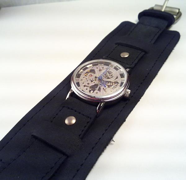 Steampunk Wristwatch by SteamDesigns