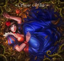 Snow White by manusia-no-31
