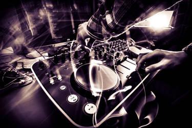 DJ Deck by Ikilaama