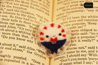 peppermint butler brooch/magnet/clip FORSALE