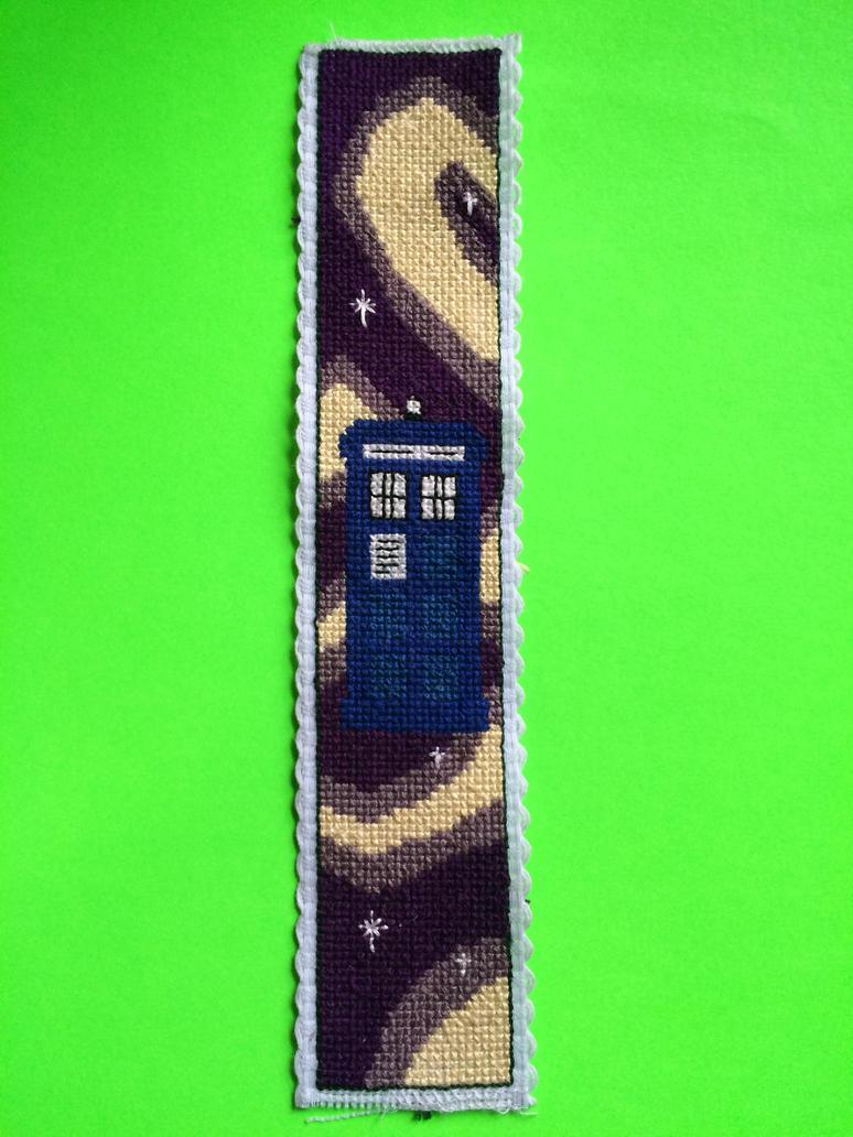 Tardis in Space/Time by JamieLea33
