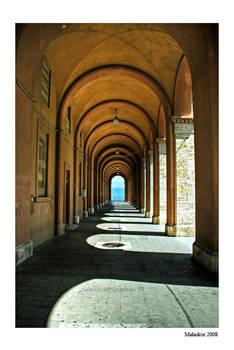 Perugian arcade