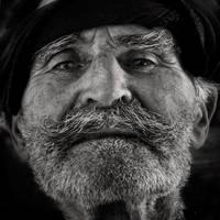 the centenarian from Lasithi by VaggelisFragiadakis