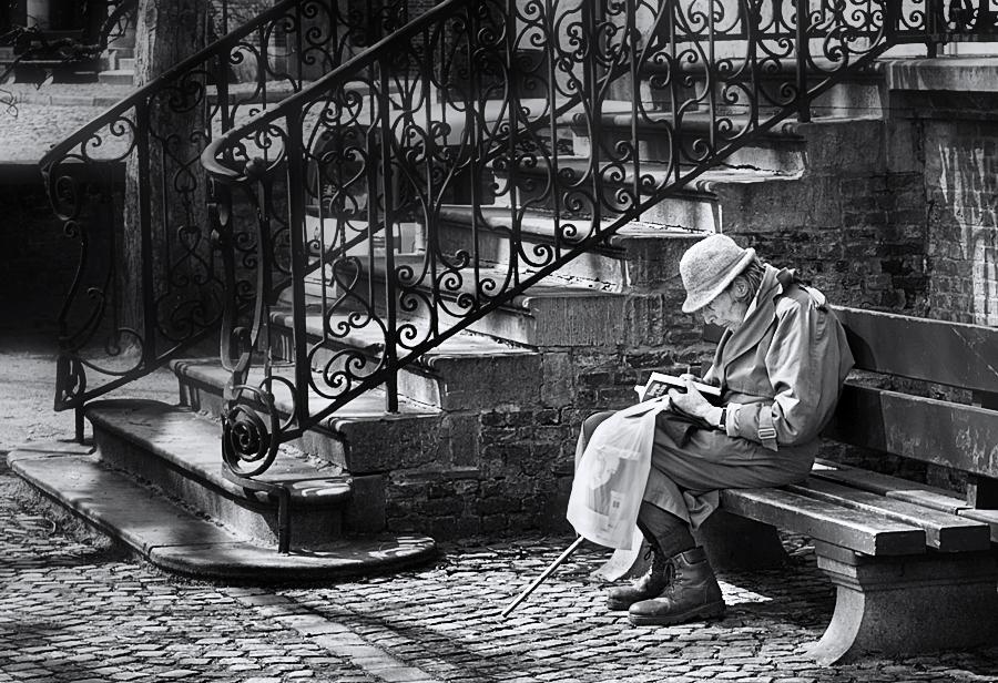 the reader by VaggelisFragiadakis
