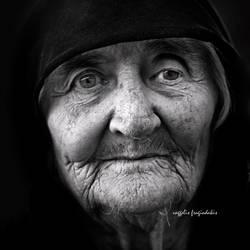 the seasons of life by VaggelisFragiadakis